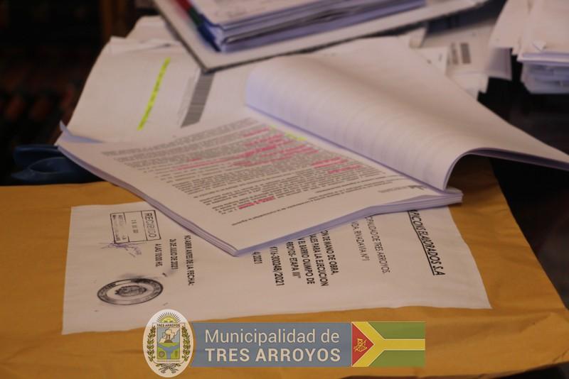 imagen 3 de la noticia ACTO DE APERTURA DE SOBRES PARA OBRAS EN BARRIO OLIMPOpublicada el 2021-07-26
