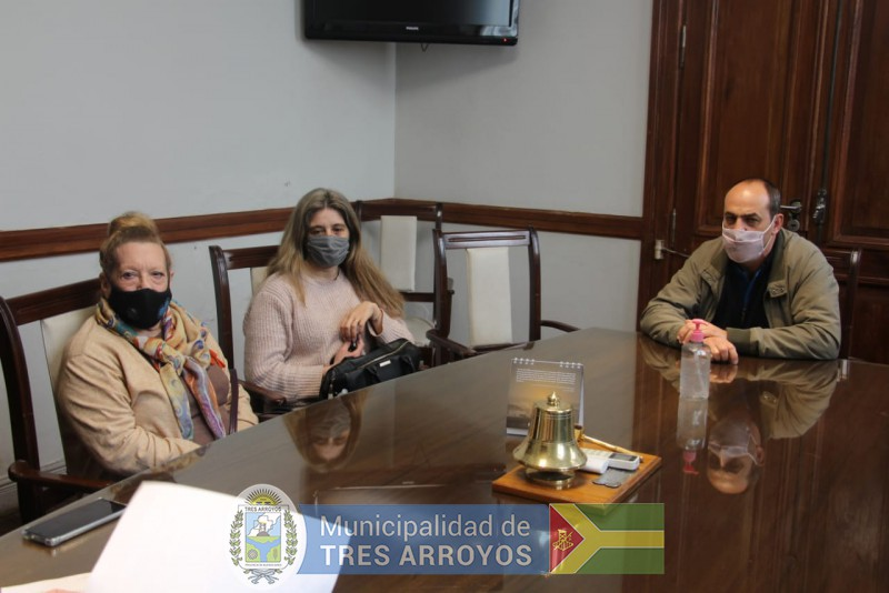 imagen 4 de la noticia NUEVO CONVENIO FIRMADO CONVECINOS DE CLAROMECO PARA PAVIMENTAR CALLESpublicada el 2021-09-10