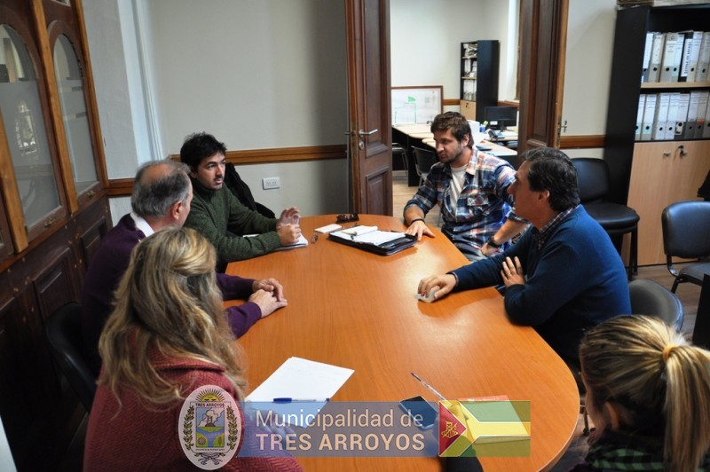 imagen 1 de la noticia  REUNION INTI  Y MUNICIPIOpublicada el 2017-04-21