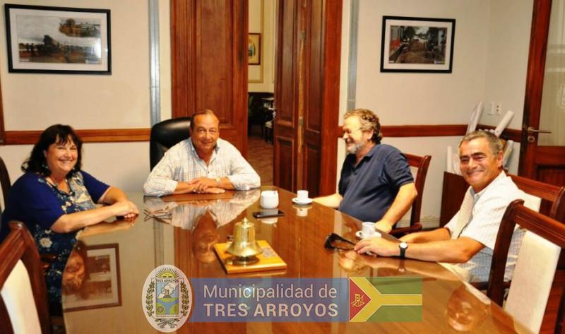 imagen 2 de la noticia SANCHEZ RECIBIÓ AL SUB DIRECTOR DE OBRAS Y PROYECTOS DE INFRAESTRUCTURA DE LA PCIApublicada el 2017-12-28