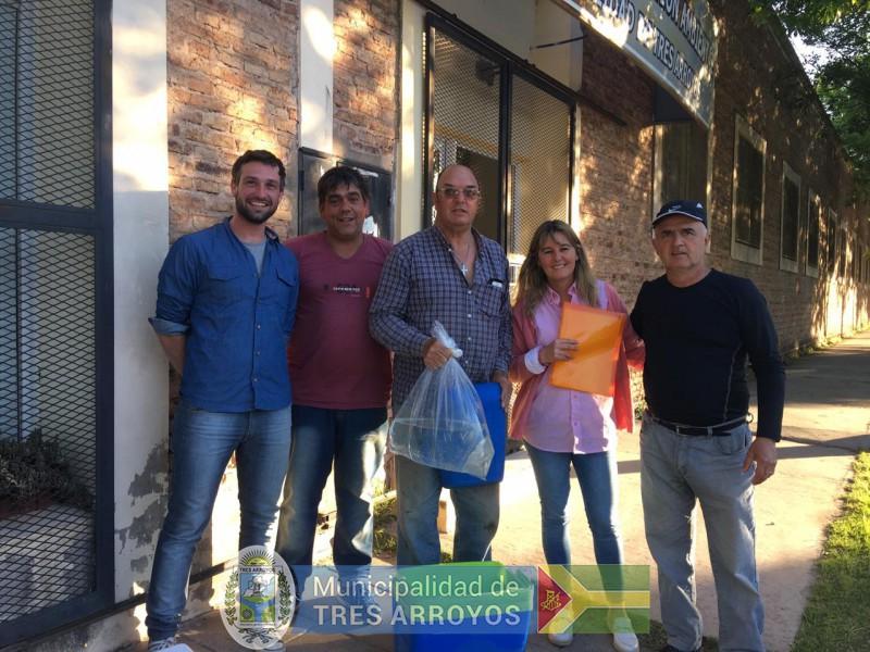 imagen 3 de la noticia ENTREGA DE ALEVINOS publicada 2018-11-08