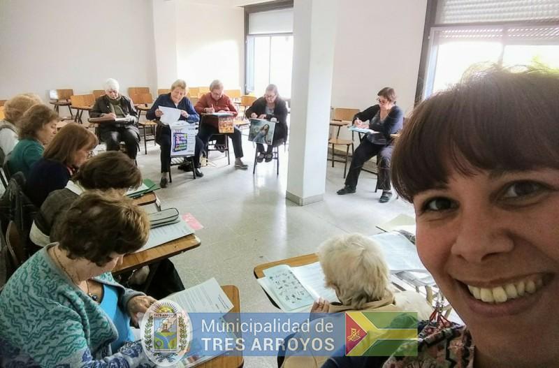 """imagen 4 de la noticia """"Abriendo Caminos, de la mano de CRESTA y su Programa de Educación de Adultos Mayores - PEMTA""""publicada el 2018-12-05"""