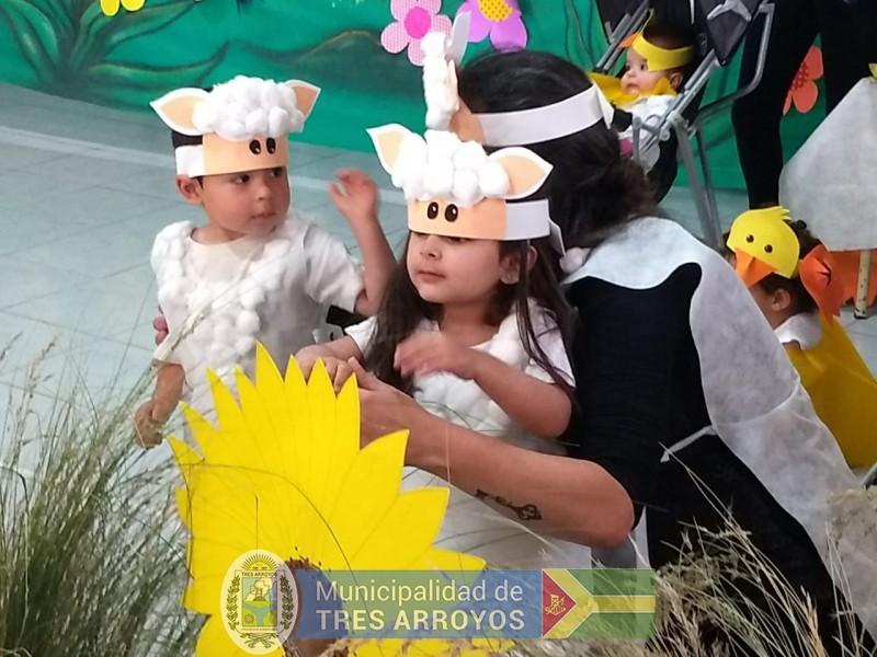 imagen 1 de la noticia Emotivo cierre de del año del Centro de Primera Infancia de Villa Italiapublicada el 2018-12-09