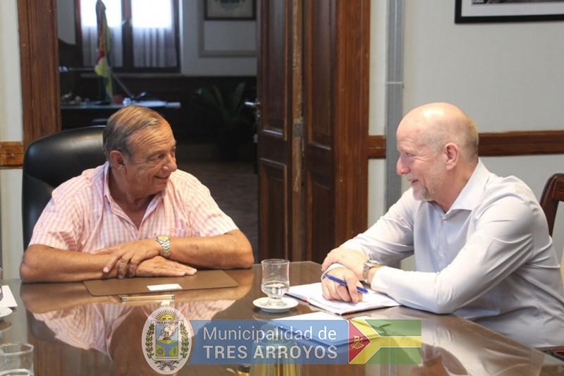 imagen 1 de la noticia Consejero Real de Dinamarca honró con su visita al Intendente Sánchez publicada el 2019-01-17