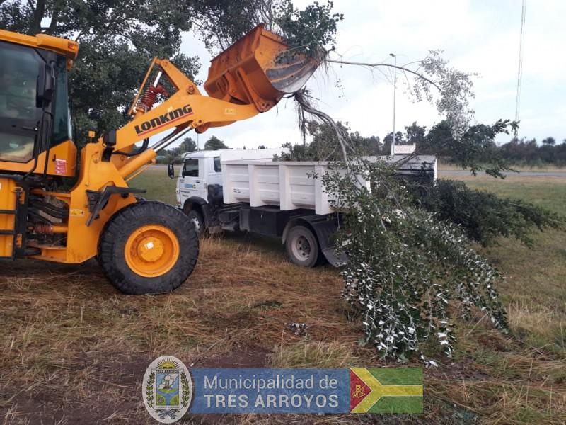 imagen 1 de la noticia Limpieza de calles en Orensepublicada el 2019-02-08