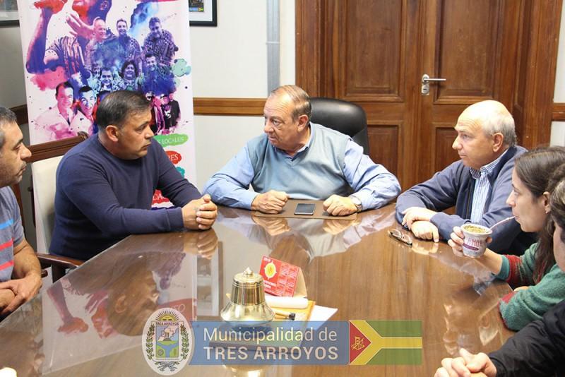 imagen 1 de la noticia El Intendente recibió a grupo de empleados de la ex Lasopublicada el 2019-03-12