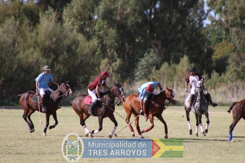 imagen 1 de la noticia Se llevo a cabo el torneo de Polo organizado por el Fortin Gaucho Machado.publicada el 2019-04-22