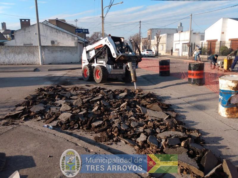 imagen 1 de la noticia Transito interrumpido en calle Domingo Vasquezpublicada el 2019-07-10