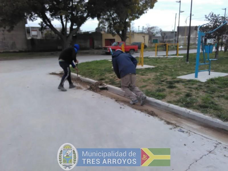 imagen 2 de la noticia Personal del programa Barrios Limpios, se encuentra trabajando en el barrio Fonavi Nortepublicada el 2019-08-22