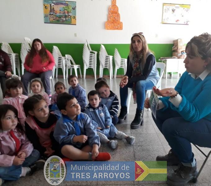 imagen 3 de la noticia Alumnos de la Escuela Técnica y del Jardín Nº 911 visitaron la Planta de Separación de Residuospublicada el 2019-09-11