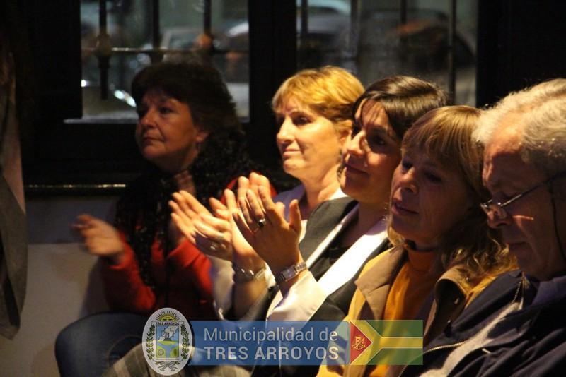 imagen 1 de la noticia Funcionarios Municipales participaron de los Premios Sarmientopublicada el 2019-09-12