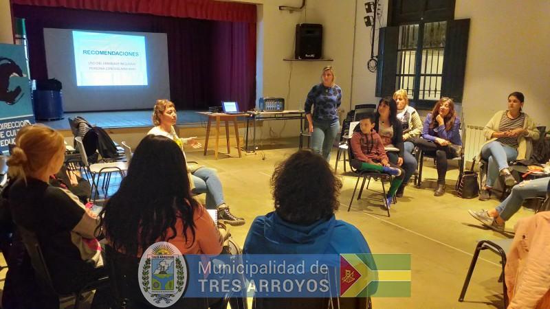 imagen 2 de la noticia La directora de Cultura y Educación, Noemi Rivas, se reunió con los asistentes técnicospublicada el 2019-10-09