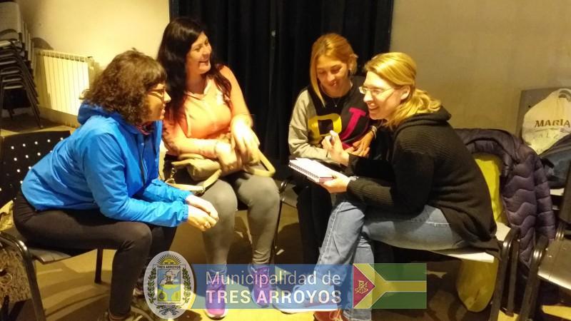 imagen 3 de la noticia La directora de Cultura y Educación, Noemi Rivas, se reunió con los asistentes técnicospublicada el 2019-10-09