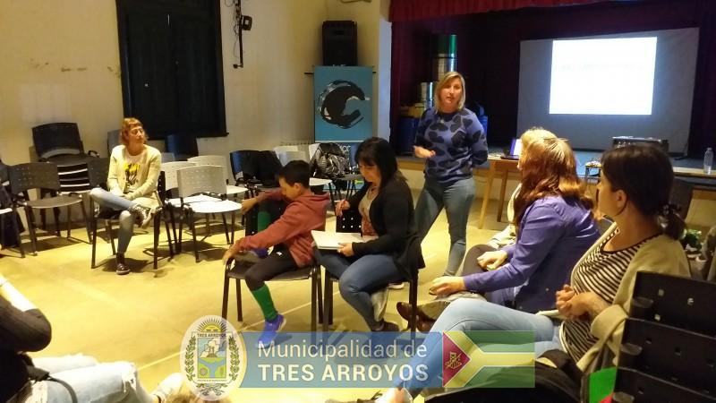 imagen 4 de la noticia La directora de Cultura y Educación, Noemi Rivas, se reunió con los asistentes técnicospublicada el 2019-10-09