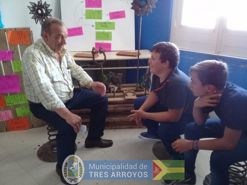 imagen 4 de la noticia El intendente Sánchez estuvo en Claromecó y en Cascallarespublicada el 2019-12-01