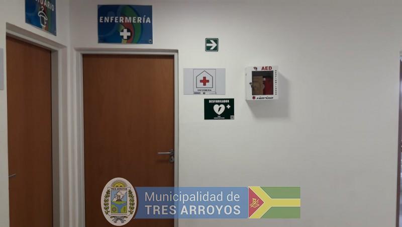 imagen 1 de la noticia Desfibrilador para el Polideportivo Municipalpublicada el 2020-01-13