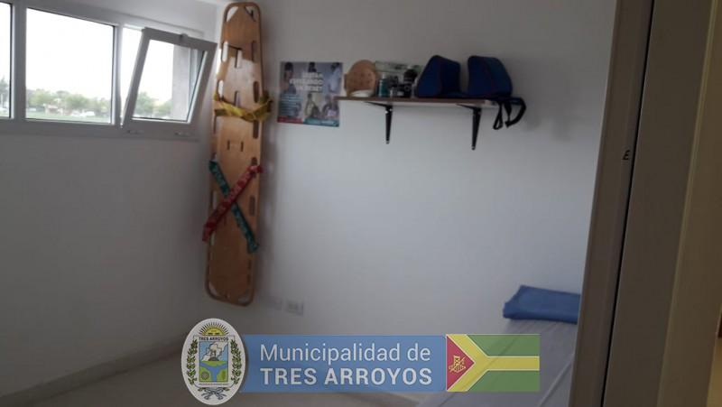 imagen 2 de la noticia Desfibrilador para el Polideportivo Municipalpublicada el 2020-01-13
