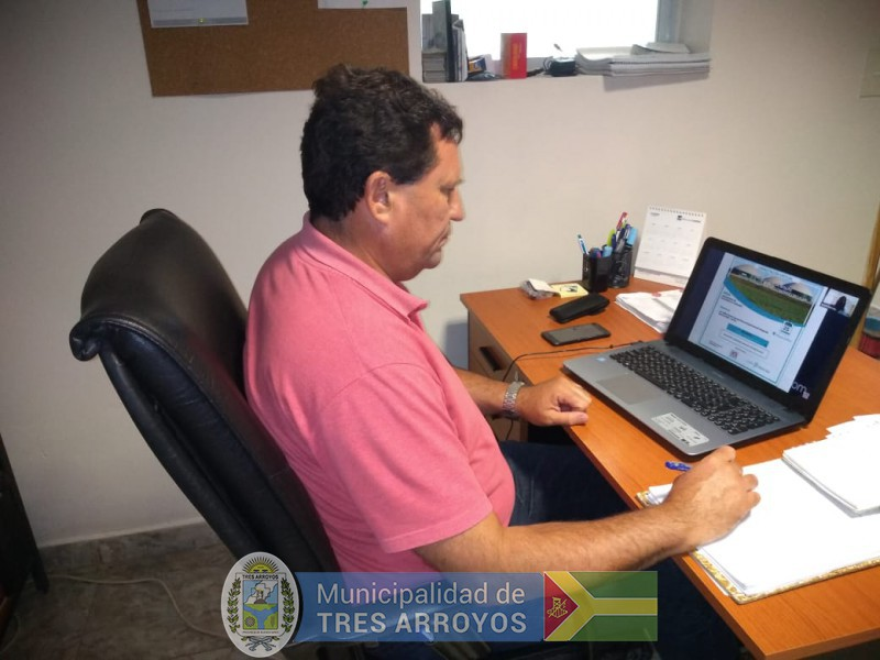 imagen 1 de la noticia DANNUNZIO PARTICIPO DE REUNION VIRTUAL POR EL BIOGASpublicada el 2020-11-25