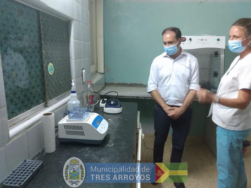 imagen 1 de la noticia Supervisión al laboratorio de análisis de PCR para Covid 19publicada el 2021-01-21