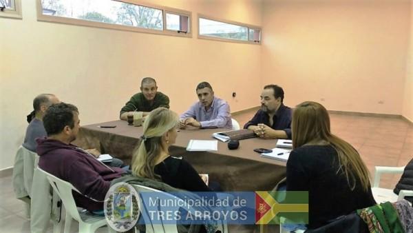 imagen 1 de la noticia SECRETARIO DE DESARROLLO SOCIAL PRESENTE EN CASCALLARESpublicada el 2017-05-26