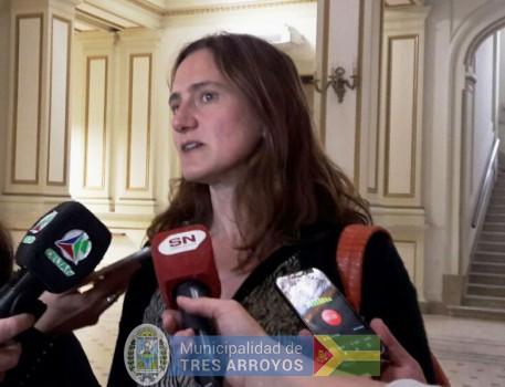 imagen 1 de la noticia COMENZÓ LA CAMPAÑA GRATUITA Y OBLIGATORIA DE VACUNACION ANTIRRÁBICA publicada el 2017-11-10
