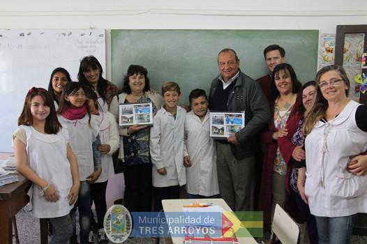 imagen 1 de la noticia Alumnos de la Esc 48 agradecieron y contaron a Sánchez su experiencia en Córdobapublicada el 2018-10-18