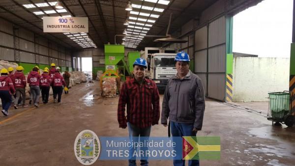 imagen 1 de la noticia El director Zonal de Centro Neuquen visito la Planta de Reciclado publicada el 2019-06-14